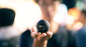 Luna este cea mai mică și mai accesibilă cameră video care filmează la 360 de grade