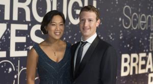 Mark Zuckerberg a devenit tată și își donează toată averea