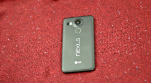 "LG Nexus 5X are ""suflet"" bun, dar ""haine"" ponosite [REVIEW]"