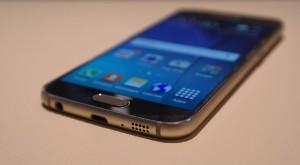 Galaxy S6 Mini apare online, deși e cam târziu