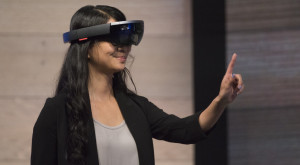 Microsoft HoloLens pare magic, dar are limitări serioase