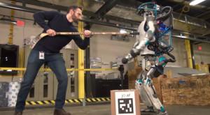 Noul robot Atlas al celor de la Boston Dynamics te va băga în sperieți