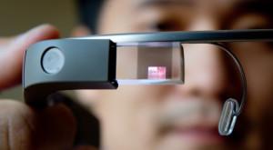 Tesla folosește Google Glass pentru a-și face mașinile mai eficiente