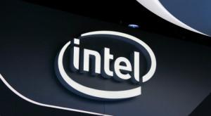 Intel anunță în mod oficial că încetinește ritmul de dezvoltare al noilor microcipuri