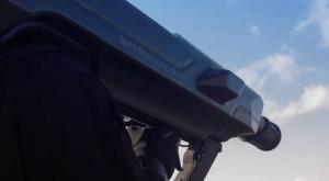Această armă de prins drone arată ca o bazooka din Terminator