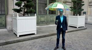 """Umbrela """"inteligentă"""" te avertizează când urmează să plouă"""