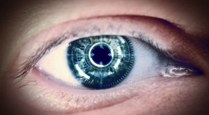 Lentilele de contact robotice care îți dau vedere cu zoom