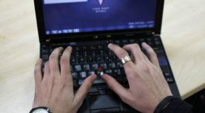 Hackerul român plătit de companiile străine pentru a găsi vulnerabilități