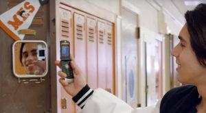 Clasicul și atrăgătorul Motorola RAZR revine în actualitate în 2016