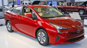Cel mai eficient automobil hibrid din lume este Toyota Prius 2016