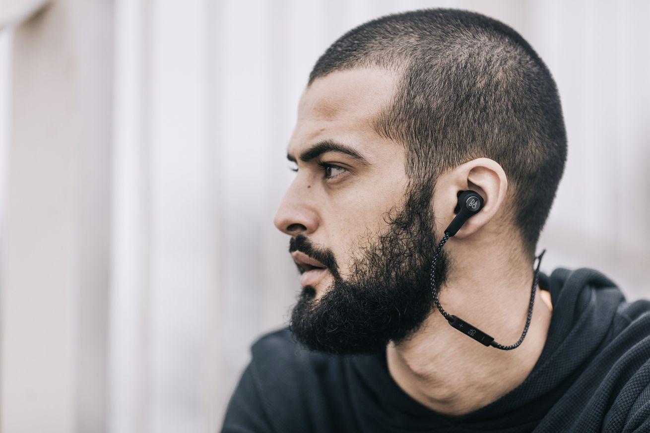 B&O beoPlay H5 Bluetooth in-ear