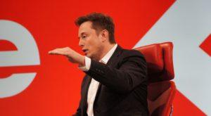 Elon Musk vrea să trimită oameni pe Marte în viitorul foarte apropiat
