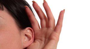 Are nevoie de acces la microfon, dar Facebook nu vă ascultă conversațiile