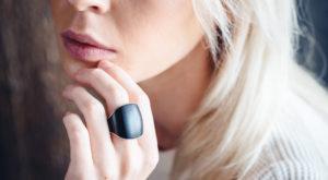 Nimb este un inel inteligent ce maschează un buton de panică