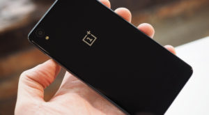 Telefoanele OnePlus pot fi cumpărate și de pe Amazon