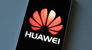 Chinezii se extind la nivel global: Huawei va deschide mii de magazine în toată lumea