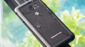 Scandal pentru sud-coreeni: Samsung S7 Active nu supraviețuiește scufundărilor
