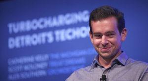 Contul de Twitter al fondatorului Twitter a fost spart