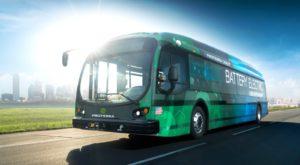 Țara care vrea pe străzi un autobuz electric care se conduce singur