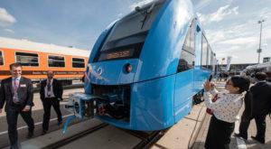 Viitorul transporturilor: trenul pe bază de hidrogen ar putea fi soluția împotriva poluării aerului
