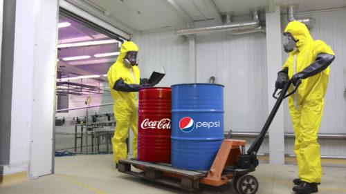 Coca-Cola și Pepsi au cedat presiunilor: decizia radicală luată vizavi de plastic