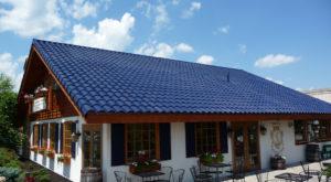 Tesla a dezvăluit acoperișul solar ce îmbină designul cu utilitatea