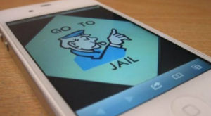 Un japonez a fost arestat pentru că vindea telefoane iPhone cu jailbreak