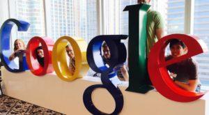 Istoria Google: 15 fotografii care îți arată cum s-a născut și cum a evoluat gigantul online