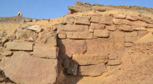 Ce secrete s-ar putea ascunde în spatele acestui zid descoperit în Egipt