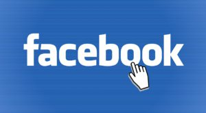 Facebook ajută părinții printr-un portal dedicat de informații