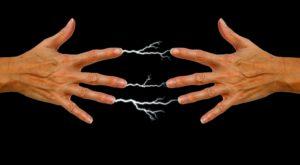 Cât de puternică este electricitatea statică