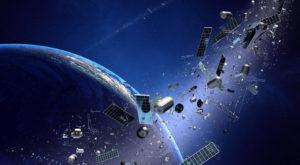 Deșeurile spațiale sunt un real pericol pentru planeta noastră. Cum ne afectează și cum curățăm spațiul de gunoi