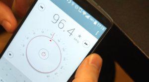 Cum afli dacă poți să asculți radio FM pe telefonul tău