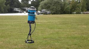 Această dronă poate detecta și detona minele terestre într-un mod eficient