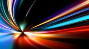 Viteza luminii poate fi depășită chiar de lumină