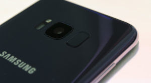 Samsung Galaxy S8 îți va reaminti periodic să cureți camera foto