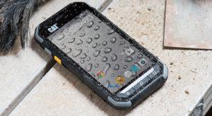 Cele mai rezistente telefoane mobile: Șapte modele pe care le poți trânti fără griji