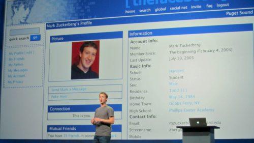 Secrete ale Facebook: de ce are culoarea albastră și câți decedați există