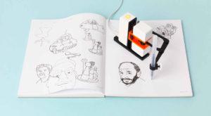 Mâna robotică îți poate recrea pe hârtie desenele digitale pe care le-ai realizat [VIDEO]