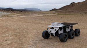 ShyBot este robotul antisocial care se ascunde de oameni [VIDEO]