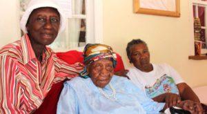 Cea mai în vârstă persoană din lume are 117 ani, iar descendenții îi calcă pe urme