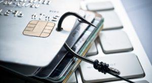 O grupare importantă de hackeri, arestată în Rusia: au făcut pagube la nivel global