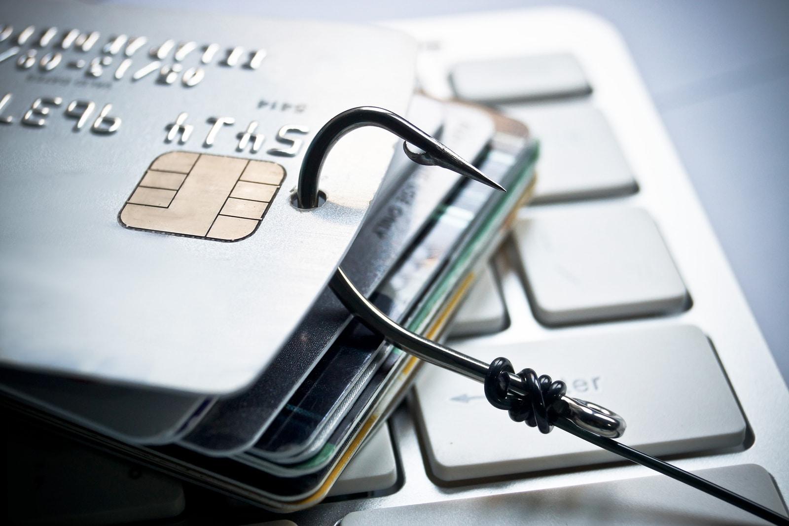 companii înșelătorie email phishing facebook google