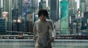 Ghost in the Shell – Hipertehnologizarea ne aruncă într-o distopie [PLAYFILM]