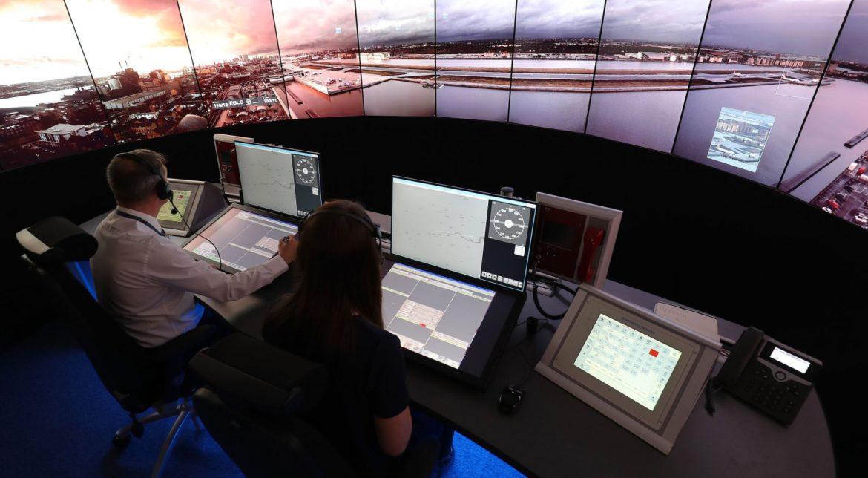 Cum funcționează aeroportul cu turn de control digital