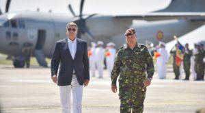 Klaus Iohannis s-a îmbrăcat perfect în această zi, iar memele nu au întârziat să apară