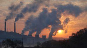 Aproape trei sferturi din poluarea planetei este produsă de câteva companii