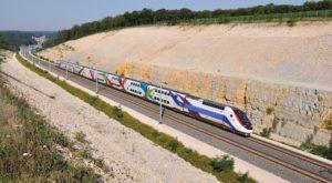 Cât încă aștepți CFR, China relansează cel mai rapid tren din lume