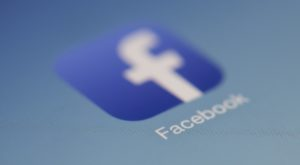 Cum descarci toate fotografiile de pe Facebook ca să nu le pierzi