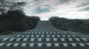 Aceste iluzii optice te păcălesc să reduci viteza la volan